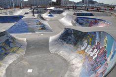 Description Skatepark in Le Havre Half Pipe Plans, Longboarding, Skate Park, Bmx, Building Design, Environment, Exterior, Urban, Landscape