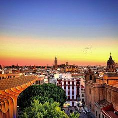 The sun is setting in #Sevilla which means it's time to make a beeline to a tapas bar. Photo by @eric_lucchesi_. Thanks for tagging #travelzoo! #Spain #sunset #wanderlust