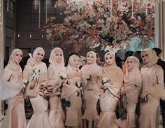 Bridal Hijab, Wedding Hijab, Wedding Party Dresses, Bridesmaid Dresses, Dress Party, Bridesmaids, Wedding Night, Dream Wedding, Muslimah Wedding