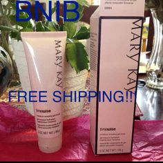 Renewing Gel Mask Please ignore the free shipping! BNIB originally &22+tax+s&h Mary Kay Makeup