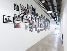 MOTTO Catering Headquarters: Headquarter interior design of a catering company. Motto, Picture Wall, Photo Wall, Catering Companies, Corridor, Frames, Ceiling, Interior Design, Pictures