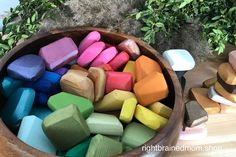 Wooden Gems – Right Brained Mom Baby Diy Projects, Wood Projects, Toddler Fun, Toddler Toys, Diy For Kids, Crafts For Kids, Best Baby Toys, Small World Play, Wooden Puzzles