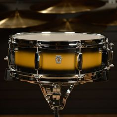 Ludwig 5x14 Club Date Vintage Snare Drum Black/Gold Duco