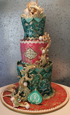Fantasy Fondant, cake by Rosebud Cakes, Beverly Hills  #wedding #cake www.BlueRainbowDesign.com