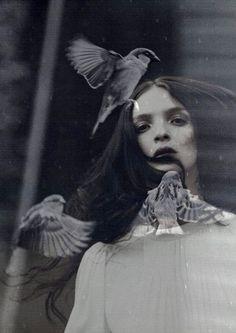 dyaphanum:    Mariacarla Boscono By Alessio Bolzoni X Birds