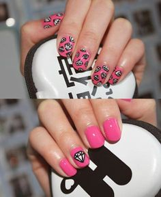 Nail Art diamantes.  #Tendencia #Moda #NailArt #MNYArgentina