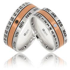 Elegante si confortabile, verighetele WEDDING DAY pot fi personalizate prin gravarea numelor si datei casatoriei. Forma exterioara bombata si finisajul mat satin scot in evidenta banda din 30 de pietricele de cristal sau diamant.
