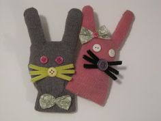 Upcycled bunny craft: great use for gloves that are missing their match
