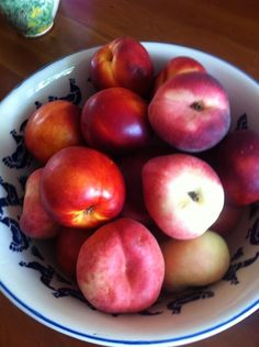Twitter / Thanecooks: This huge bowl of peaches and ...