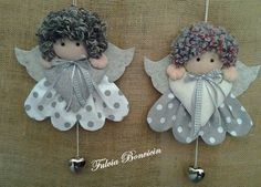 "Add long ribbon ""chain"" to create a like girl's necklace. Diy Christmas Angel Ornaments, Christmas Bells, Felt Christmas, Felt Ornaments, Christmas Angels, Handmade Christmas, Christmas Decorations, Felt Crafts, Diy And Crafts"