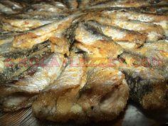 İSTAVRİT (KIRAÇA) TAVA Fish Recipes, Seafood Recipes, Fisher, Iftar, Fish Dishes, Food Blogs, Pork, Vegan, Pasta
