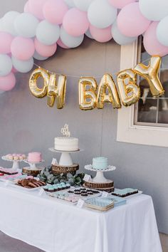 How To Plan The Ultimate Gender Reveal Party - Fashionhome Fiesta Gender Reveal Party, Simple Gender Reveal, Twin Gender Reveal, Gender Reveal Themes, Pregnancy Gender Reveal, Gender Reveal Party Decorations, Baby Shower Gender Reveal, Gender Party Ideas, Balloon Gender Reveal