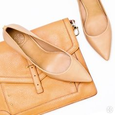 Tory Burch Ivy #Pump & 797 E-Tablet Sleeve