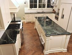 Featured Residential And Serpentine Countertop Projects Vermont Verde Antique New England Kitchen