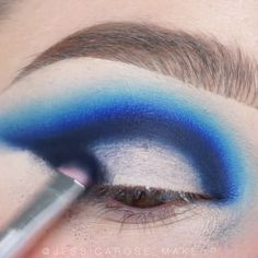 Awesome eye make-up tutorials for our girls! … - Make-Up Techniken Makeup Inspo, Makeup Inspiration, Makeup Tips, Beauty Makeup, Make Up Tutorials, Blue Makeup, Girls Makeup, Cool Makeup Looks, Drag Makeup