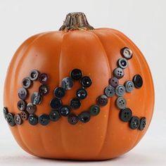DIY Pumkin Crafts : DIY Eek Button Pumpkin