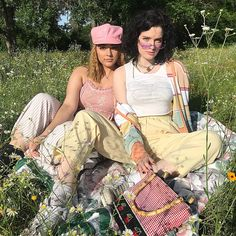 Photography Girl Summer Bff 27 New Ideas 2000s Fashion, Look Fashion, Fashion Ideas, Aesthetic Fashion, Aesthetic Clothes, The Last Summer, Outfit Look, Poses, Vogue