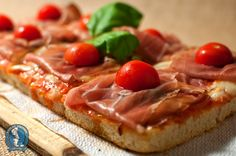 ENFANT PRODIGE: pizza al tagliere con crudo e pomodorini
