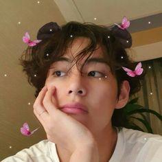 Kim taehyung v bts soft icons Foto Bts, Bts Photo, Namjoon, Kim Taehyung, Taekook, My Boo, Bts Boys, Bts Bangtan Boy, V Bts Wallpaper