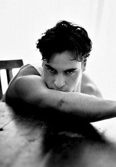 Joaquin Phoenix fotografiado por Stephen Dalenian, 1998