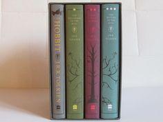 harpercollins lord of the rings | Sehr schön gestaltete Ausgabe. Die Buchrücken der drei LotR Teile ...