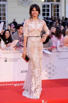 Goya Toledo con un modelo de Elie Saab Couture en el festival de cine de Malga 2014
