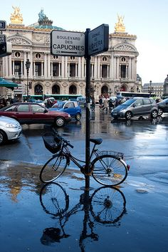 Boulevard des Capucines, Palais Garnier Opéra background