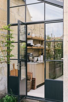 A fashionista and a chef go for our Sebastian Cox Kitchen, we ask them why? - The deVOL Journal - deVOL Kitchens Extension Veranda, House Extension Design, House Design, Kitchen Extension Windows, Kitchen Garden Extension, Kitchen Extension Exterior, Orangery Extension Kitchen, Conservatory Kitchen, Exterior Design