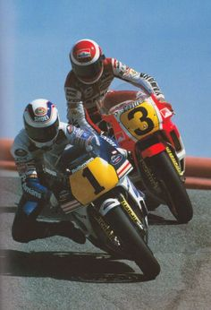 wayne gardner and eddie lawson in the corkscrew. Grand Prix, Valentino Rossi, Eddie Lawson, Course Moto, Gp Moto, Motogp Race, Racing Motorcycles, Dirtbikes, Super Bikes