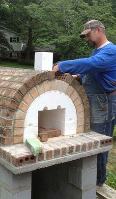 DIY Brick Pizza Oven by the Shiley Family & BrickWood Ovens The Shiley Family Wood-Fired DIY Brick Pizza Oven in South Carolina - BrickWood Ovens Build A Pizza Oven, Pizza Oven Kits, Brick Oven Pizza, Pizza Ovens, Brick Oven Outdoor, Brick Bbq, Pizza Oven Outdoor, Outdoor Bars, Pizza Oven Fireplace
