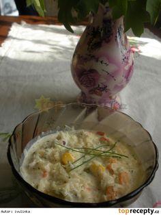 Zeleninový salát se zakysanou smetanou