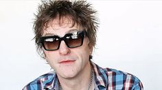 "Ex-GUNS N' ROSES Bassist TOMMY STINSON Says AXL ROSE Is 'Very Misunderstood'  During a brand new interview with ""The Ledge"" podcast former GUNS N' ROSES bassist Tommy Stinson who was in the band from 1998 until 2014 was asked if he thought GUNS singer Axl Rose was misunderstood by the fans and the media. He responded: ""He's definitely someone who's very misunderstood. You know he's an emotional guy he's gotten a bad rap for his emotions probably getting the better of him at times but a lot…"