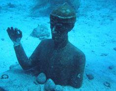 Jacques Cousteau underwater statue ♥