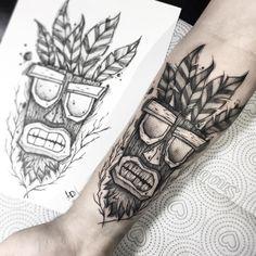 Tatuagem feita por Leandro Muniz (Ling) de Belém, PA. Time Tattoos, Wolf Tattoos, Black Tattoos, Body Art Tattoos, Tattoos For Guys, Mask Tattoo, Piercing Tattoo, Unique Tattoos, Beautiful Tattoos