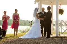 Stony Creek Metro Park In Shelby Township MI Is A Beautiful Location For Wedding