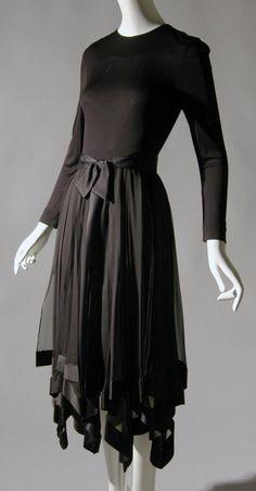 Dress by Bill Blass, 1975, USA.