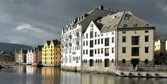 Photo credit P. Alesund, Photo Credit, Norway, Hotels, Restaurant, Fish, Mansions, House Styles, Villas