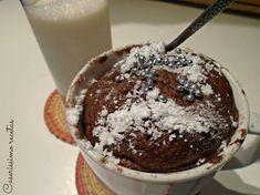 ¿Has renunciado a la moda de los mug cakes por sus calorías? Mira este versión ligera que comparten desde el blog CASERISSIMO.
