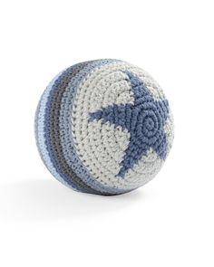 Вязаный мяч-погремушка SmallStuff с синей звездой