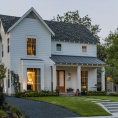 Exterior Farmhouse Style With Modern Details
