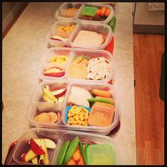 Lunches packed for the next couple days for the whole family... #easylunchboxes Purchase EasyLunchbox containers HERE: http://www.easylunchboxes.com/