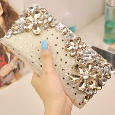Jeweled Clutch Bags for Evening Parties