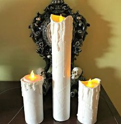 Fake Candles Craft – Great for all seasons/holidays (and so easy to make! Hanging Candles, Floating Candles, Diy Candles, Toilet Paper Roll Diy, Paper Towel Roll Crafts, Dollar Tree Christmas, Christmas Crafts, Christmas Decorations, Simple Centerpieces
