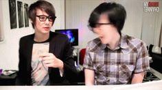 "phil's like ""my name's blurryface and i care whut u think"""