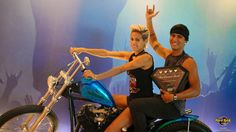 Once again Hard Rock Hotel Vallarta has been recognized for its outstanding amenities, hospitality and level of service with the Four Diamond Award. Say hello to Hugo and Meche that are riding Gilby Clarke's motorcycle. Una vez más Hard Rock Hotel Vallarta es reconocido por su calidad, hospitalidad y nivel de servicio con el Four Diamond Award. ¿Reconocen a Hugo y Meche en la motocicleta de Gilby Clarke?