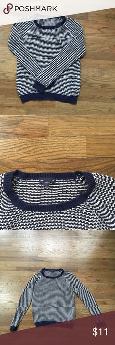 [NEW] Navy Stripe Gap Sweater Navy and white striped sweater with cool, nubby texture. 100% cotton. Good condition. ⛸ 20% less for bundles. ⛸ Offers rock! GAP Sweaters