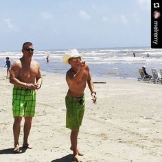 Washers it's game on!  #portaransastex #iloveportA #portaransas #portaransastx #portaransasbeach #Texas #MustangIsland #NorthPadre #SouthPadre #SPI #AransasPass #Rockport #CorpusChristi #PadreIsland #beach #fishing #surfing #boat #summer #friends #robertspointpark #horacecaldwellpier #photooftheday  Show us what youre enjoying in #PortA. Tag us @portaransastex in your best photo/caption. --- Facebook:  http://ift.tt/1fn09JD Twitter:  http://twitter.com/portaransastex Instagram…