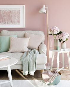 dusty pink is the main color in this space, and soft neutral shades take 30%, while mint is an accent color Pastel Decor, Colorful Decor, Pastel Colors, Pastels, Design Living Room, Living Room Decor, Bedroom Decor, Living Area, Pastel Living Room