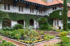 Mansion Event Venue - Sydonie Mansion, Central Florida, Wedding Venue, Garden, Outdoor and Indoor
