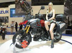 """Suzuki V-Strom 1000, diretta stand EICMA 2013 Suzuki V-Strom  - Ecco le prime foto """"ambientate"""" della Suzuki V-Strom 1000, l'attesa maxi crossover di Hamamatsu. In questi scatti ecco una interessante versione super accessoriata, perfetta per fare del turismo impegnativo - See more at: http://www.insella.it/news/suzuki-v-strom-1000-diretta-stand-eicma-2013#sthash.sKejzOAX.dpuf"""